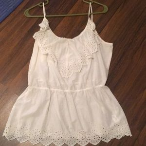 Gap ivory top with eyelet details